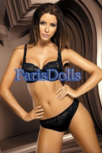 Top Paris escorts Zara